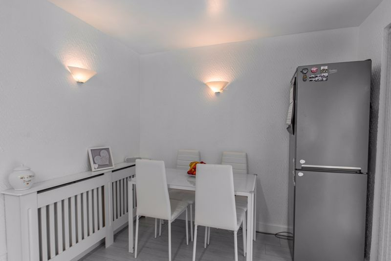 3 bed house for sale in Maisemore Close 5
