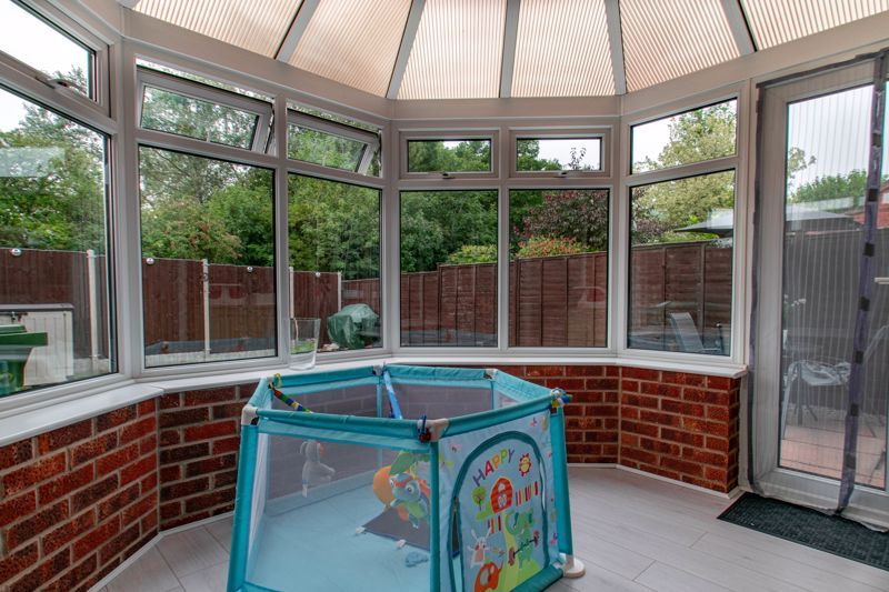 3 bed house for sale in Maisemore Close 6