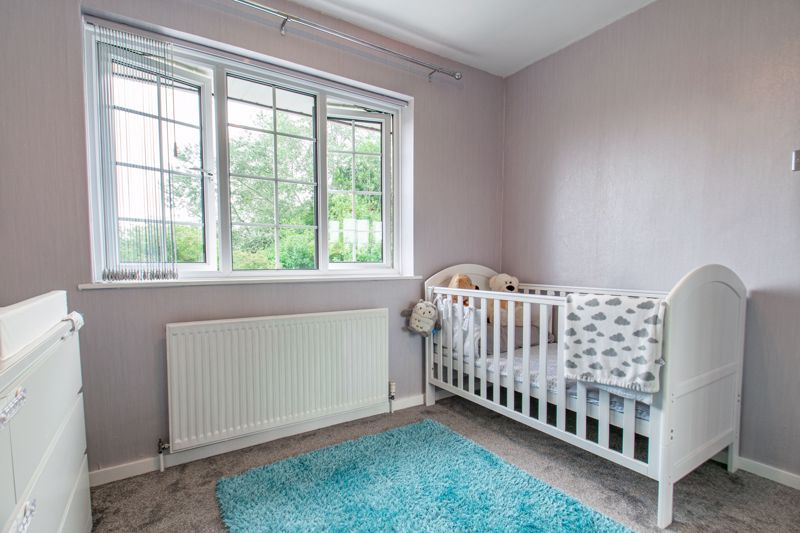3 bed house for sale in Maisemore Close 8
