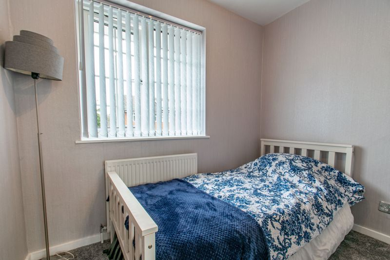 3 bed house for sale in Maisemore Close 9