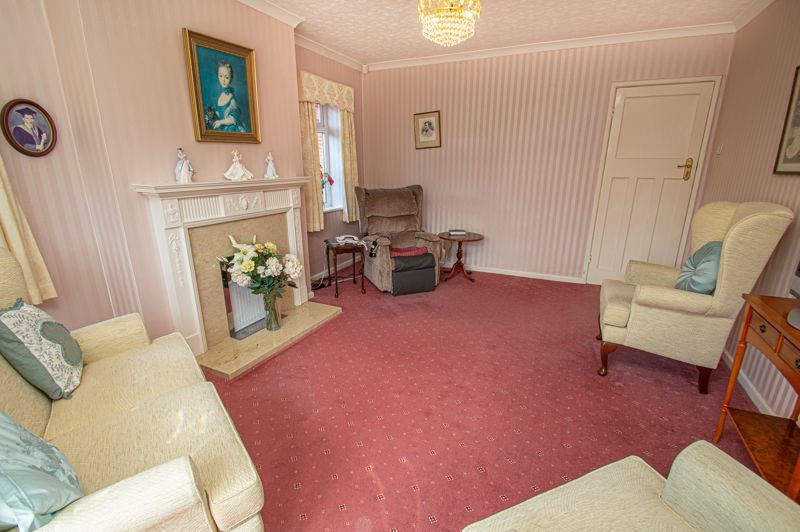 3 bed bungalow for sale in Braces Lane  - Property Image 3