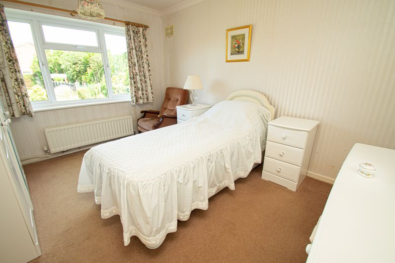 3 bed bungalow for sale in Braces Lane 6