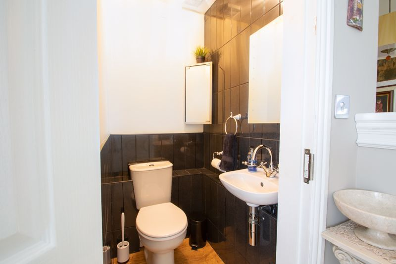 4 bed house for sale in Brockmoor Close  - Property Image 17