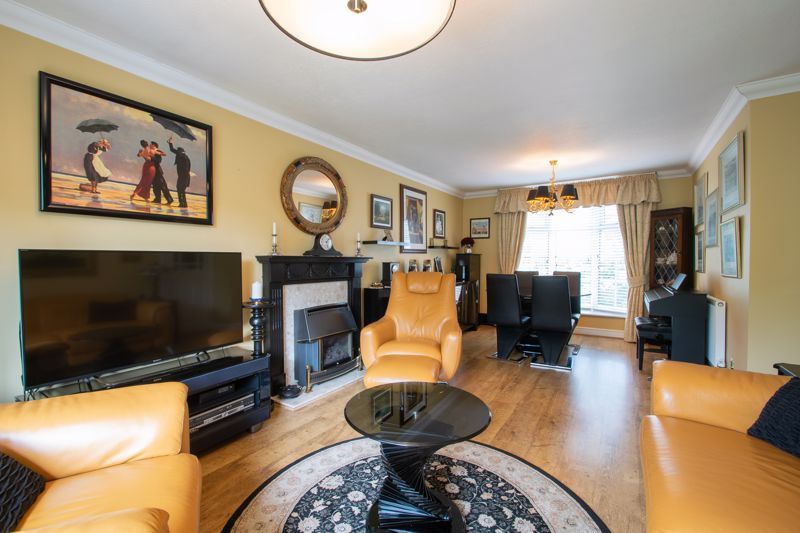 4 bed house for sale in Brockmoor Close 18
