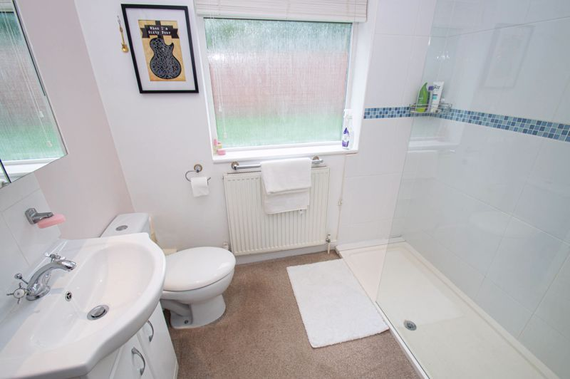 3 bed bungalow for sale in Gilbanks Road  - Property Image 8