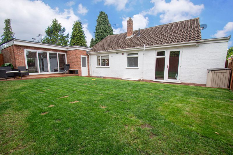3 bed bungalow for sale in Gilbanks Road  - Property Image 9