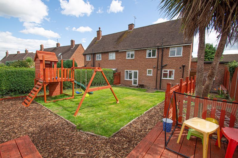 3 bed house for sale in Bishop Hall Crescent 14