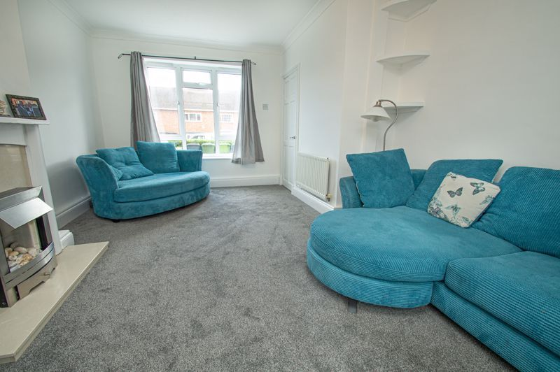3 bed house for sale in Bishop Hall Crescent 3