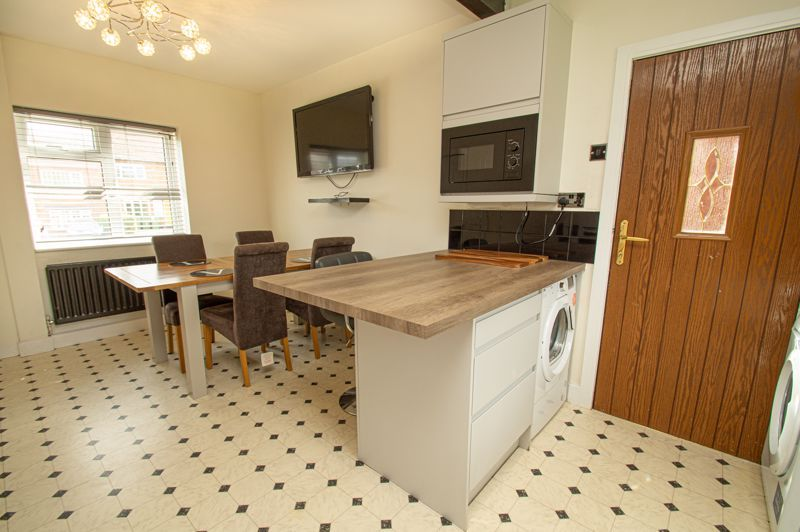 3 bed house for sale in Bishop Hall Crescent 5
