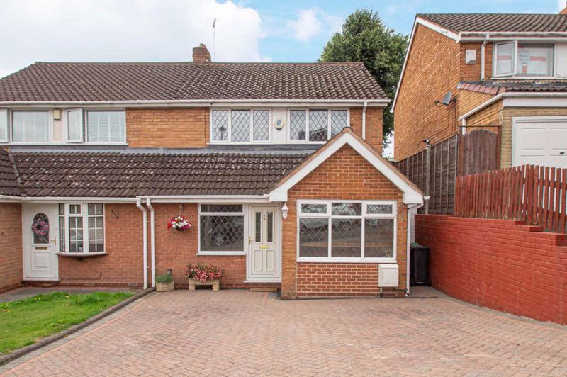 3 bed house for sale in Claines Road 1