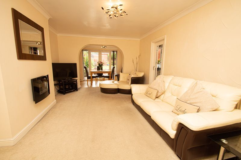 3 bed house for sale in Claines Road 2