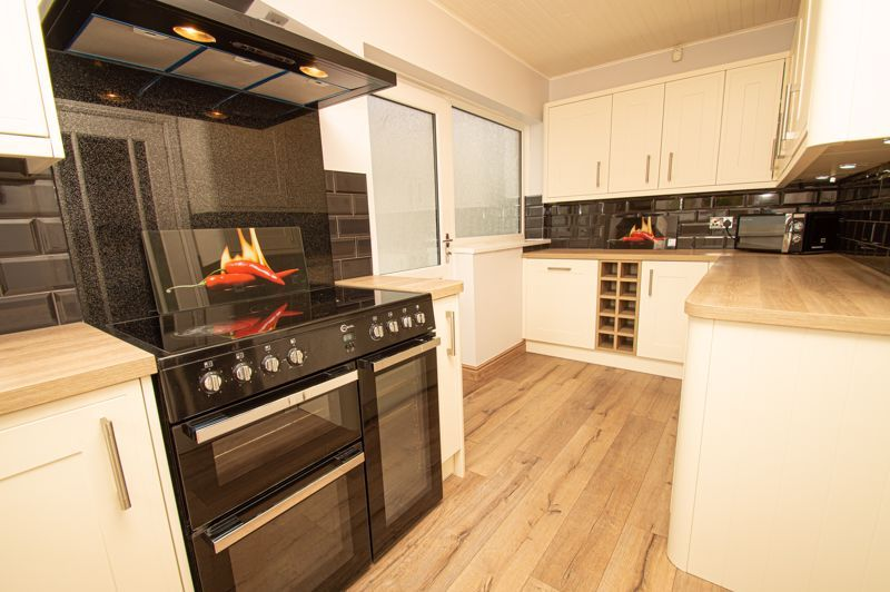 3 bed house for sale in Claines Road 4