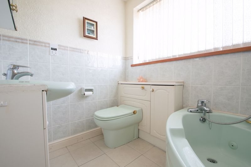 3 bed house for sale in Murcroft Road  - Property Image 11