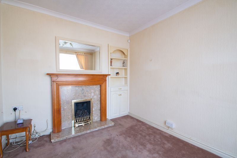 3 bed house for sale in Murcroft Road  - Property Image 4