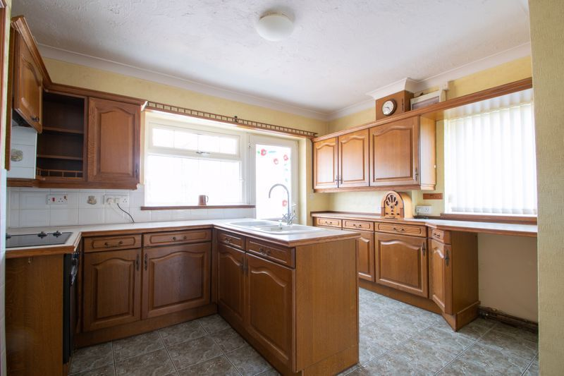 3 bed house for sale in Murcroft Road  - Property Image 5