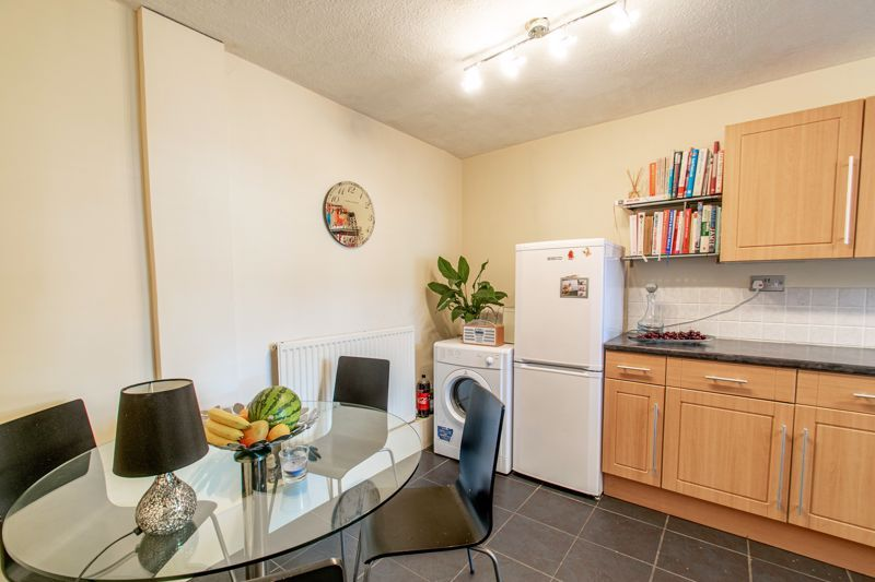 3 bed house for sale in Greenlands Avenue 15