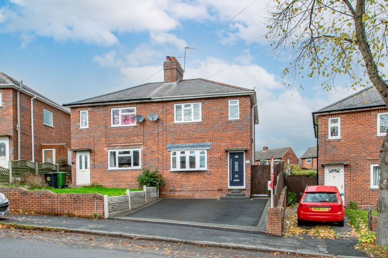 2 bed house for sale in Beecher Road East 1