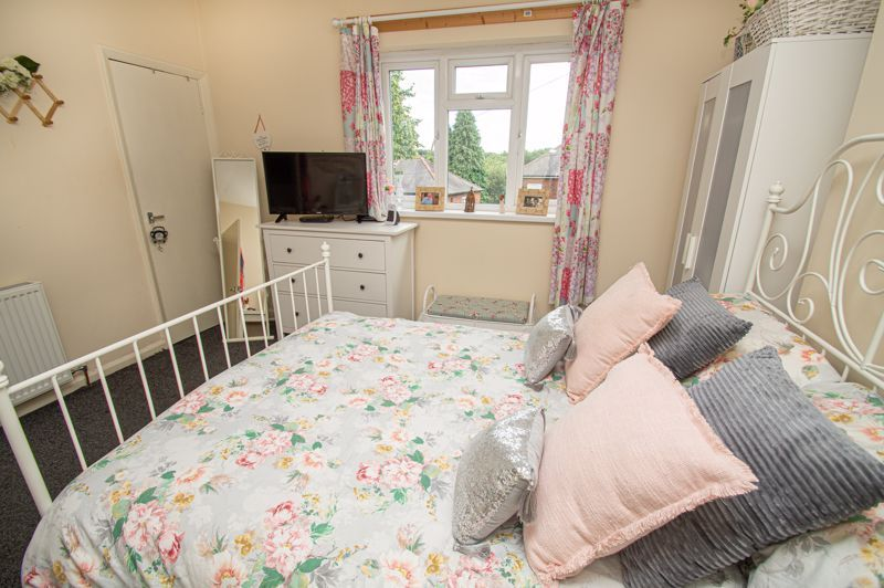 2 bed house for sale in Beecher Road East 8