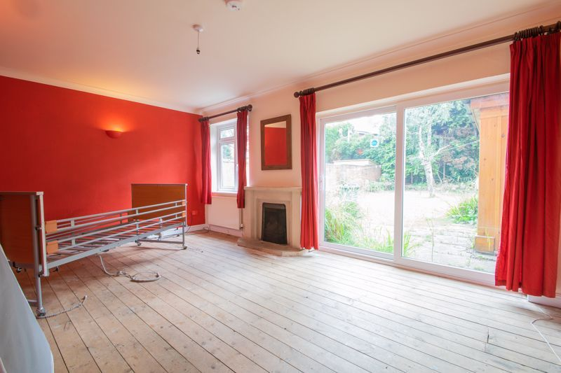3 bed house for sale in Bowling Green Road  - Property Image 2