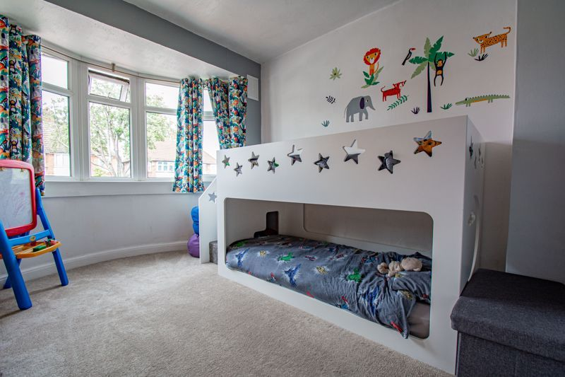 3 bed house for sale in Ryde Park Road 9