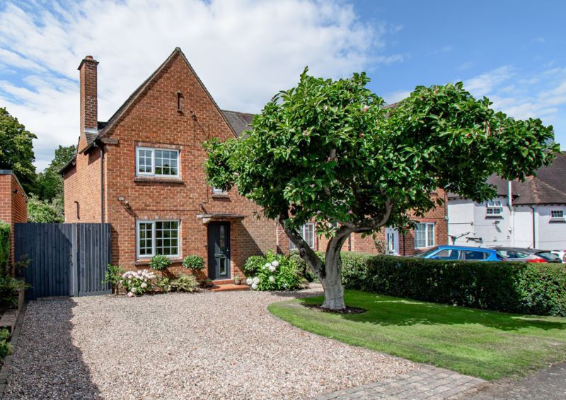 3 bed house for sale in Penmanor  - Property Image 1