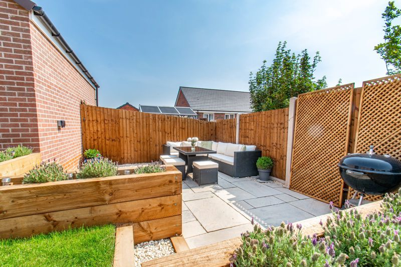 4 bed house for sale in Kimcote Street  - Property Image 11