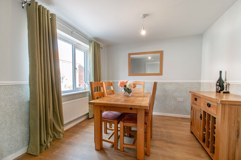 4 bed house for sale in Kimcote Street 5