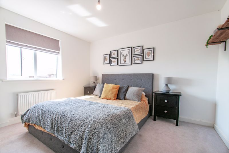 4 bed house for sale in Kimcote Street 6