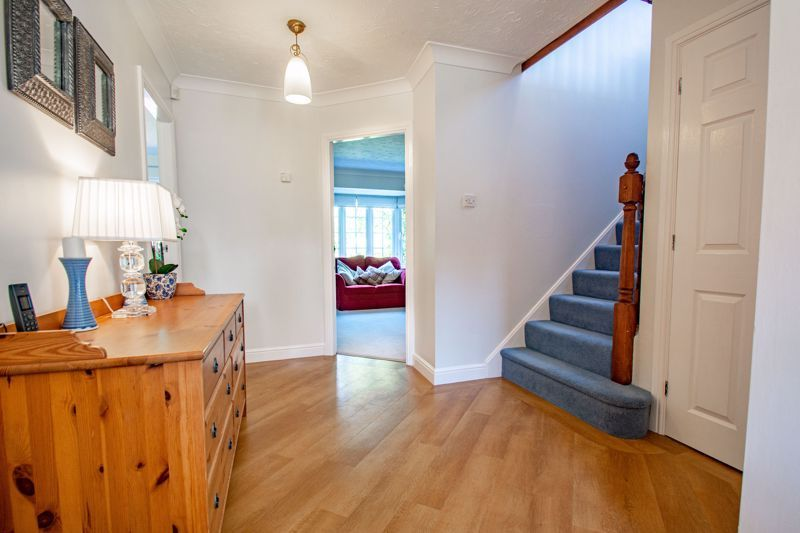 4 bed house for sale in Appletrees Crescent  - Property Image 17