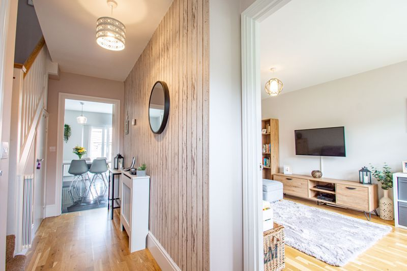 3 bed house for sale in Turntable Avenue  - Property Image 2