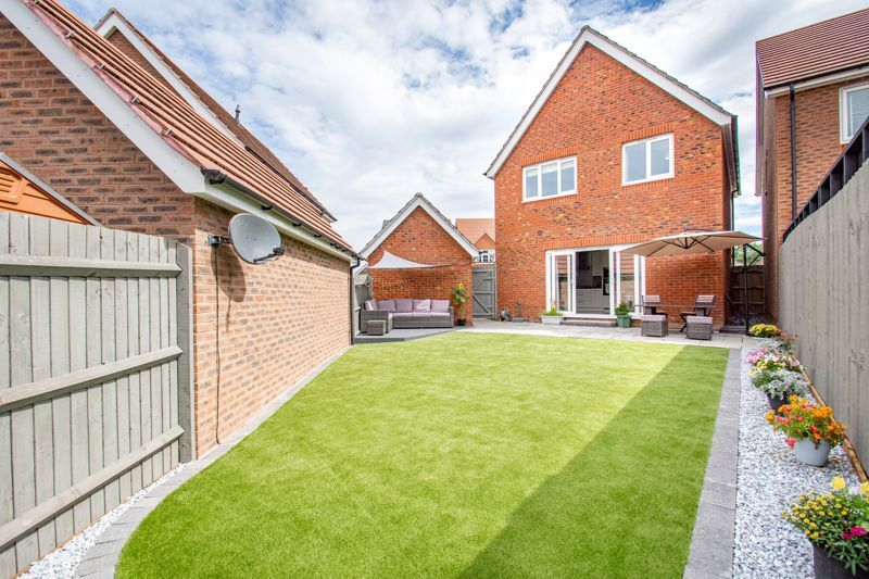 3 bed house for sale in Turntable Avenue  - Property Image 13