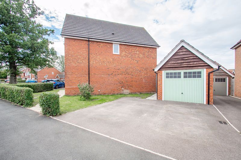 3 bed house for sale in Turntable Avenue  - Property Image 15