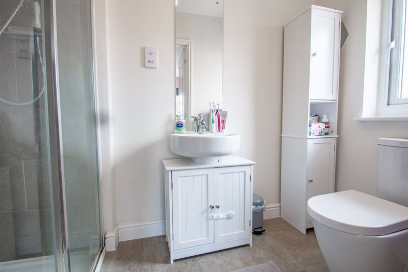 3 bed house for sale in Turntable Avenue  - Property Image 8