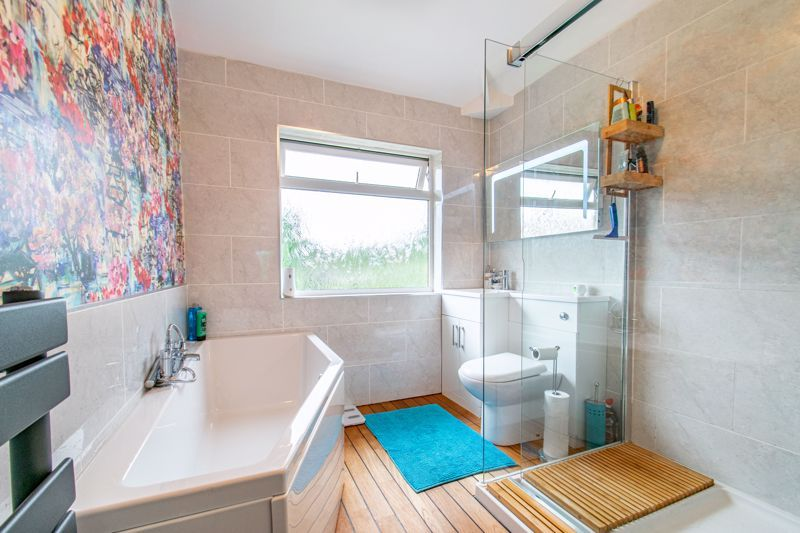 2 bed house for sale in Broom Hall Crescent  - Property Image 11