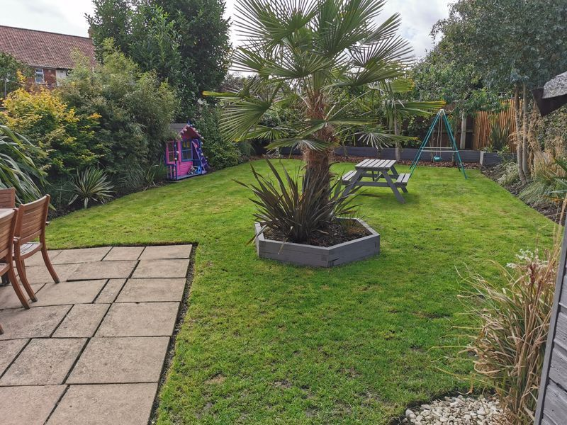 2 bed house for sale in Broom Hall Crescent  - Property Image 15