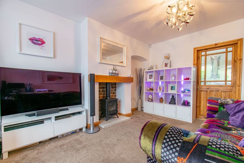 2 bed house for sale in Broom Hall Crescent 5
