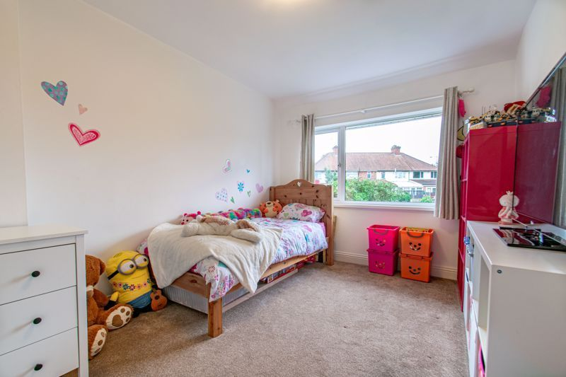 2 bed house for sale in Broom Hall Crescent  - Property Image 8