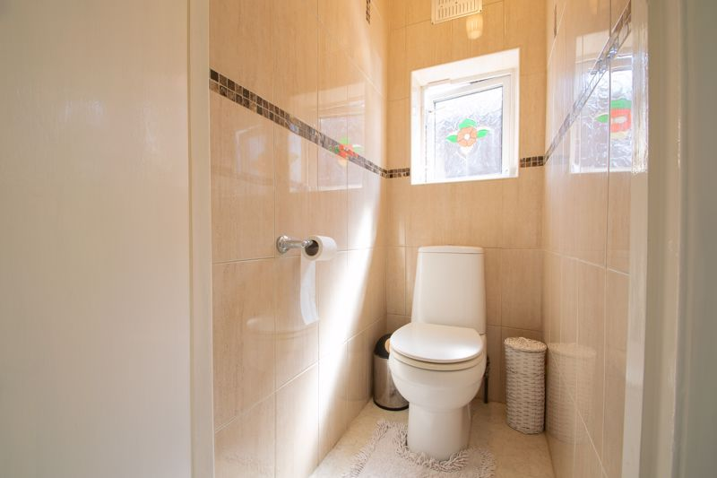 3 bed house for sale in High Haden Crescent 16