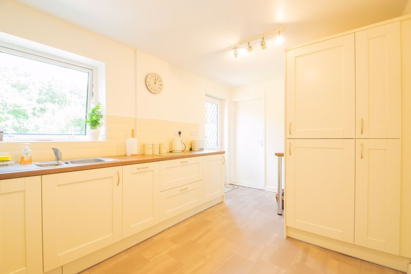 3 bed house for sale in High Haden Crescent 6