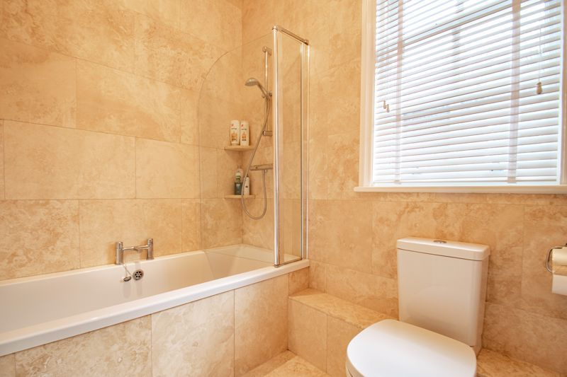 4 bed house for sale in Enfield Road  - Property Image 11