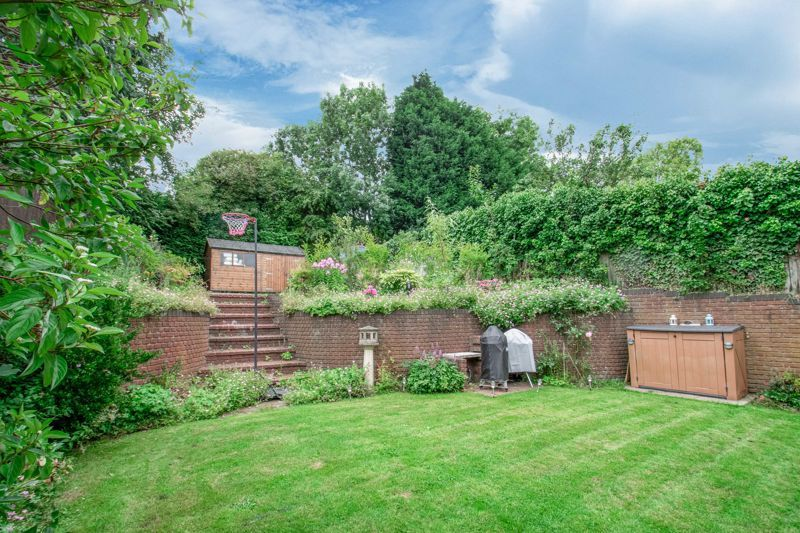 4 bed house for sale in Enfield Road  - Property Image 12