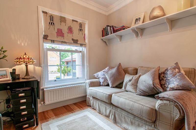 4 bed house for sale in Enfield Road 17