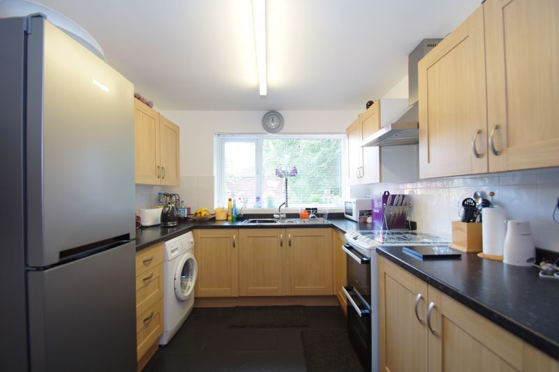 4 bed house for sale in Patch Lane  - Property Image 6
