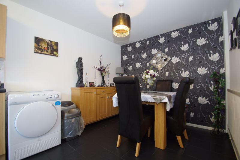 4 bed house for sale in Patch Lane 7