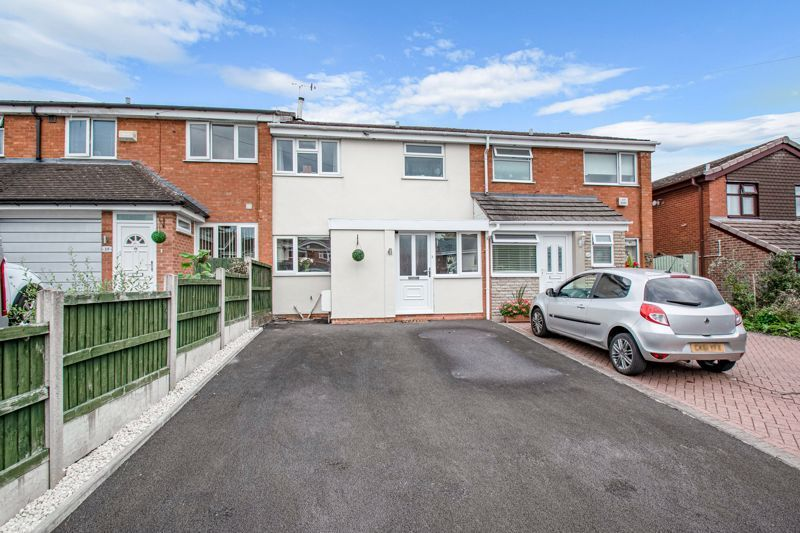 3 bed house for sale in Silverdale 1