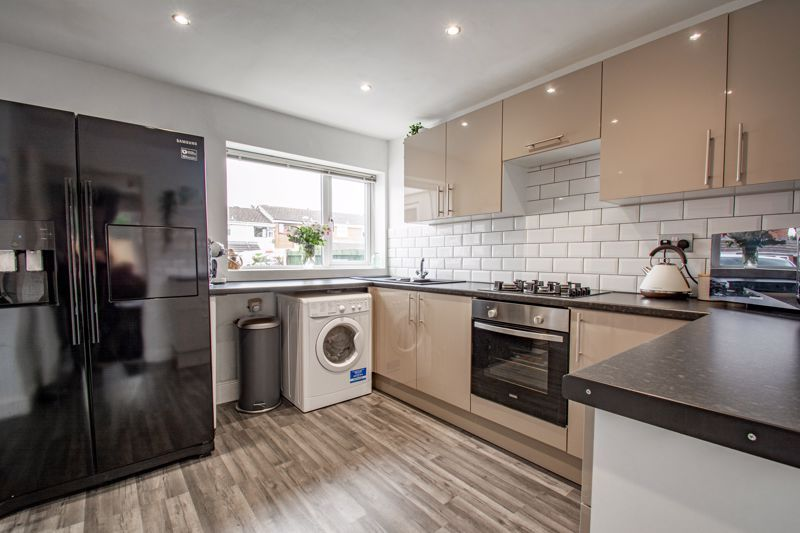 3 bed house for sale in Silverdale 15