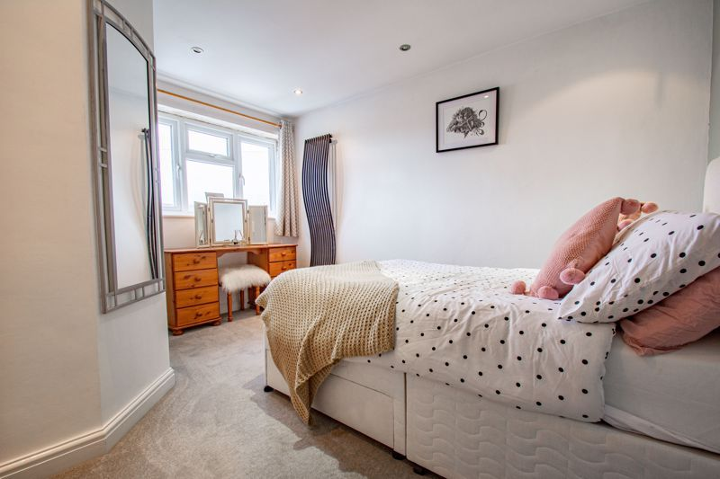 3 bed house for sale in Silverdale 8