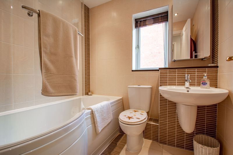 4 bed house for sale in Blossom Drive  - Property Image 12