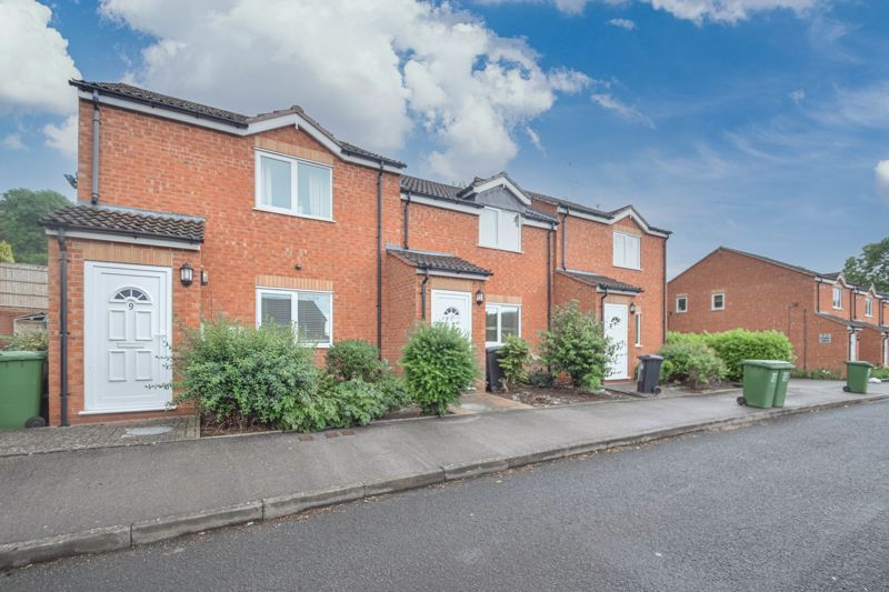 1 bed  for sale in Well Close  - Property Image 1