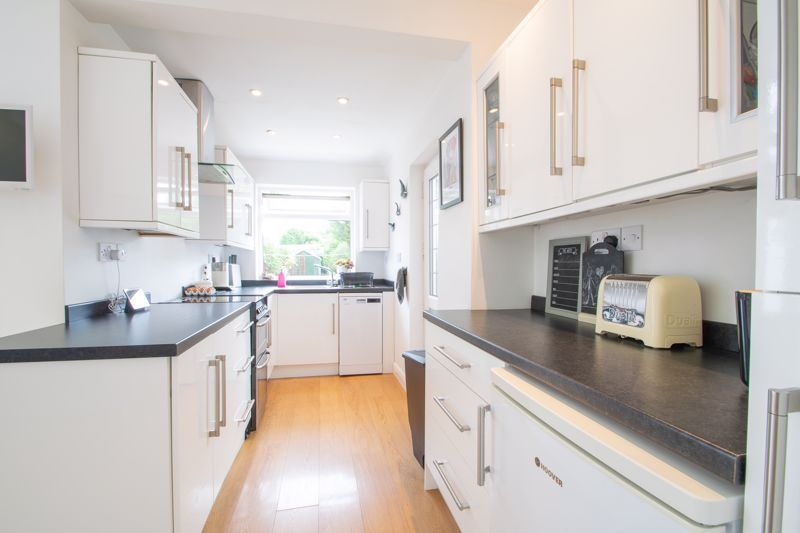 3 bed house for sale in Lyttleton Avenue 15